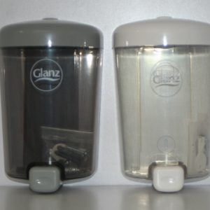 Dispensador despachador marca Glanz de Jabón liquido.